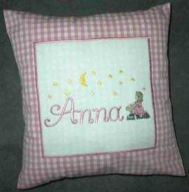1 Kinderkissen Anna und Sternenmädchen - Bild vergrößern