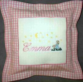 1 Kinderkissen -Emma und Sternenmädchen- - Bild vergrößern